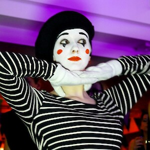 mime performer hire