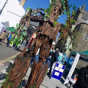 tree stilt walker hire