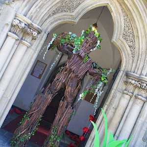 tree stilt walker manchester