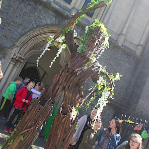 tree stilt walker in cardiff