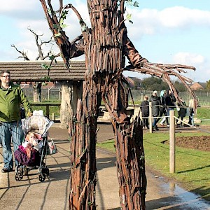 tree stilt walkers hire uk