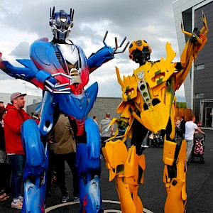 robot stilt walkers austria