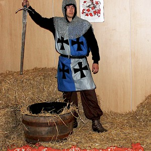 medieval event actor uk