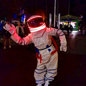 hire spaceman performers