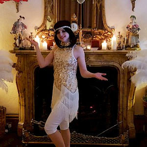 flapper dancer hire uk